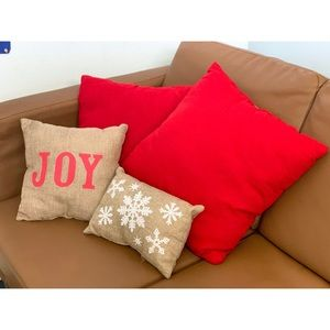 Other - 4 Holiday Throw Pillows